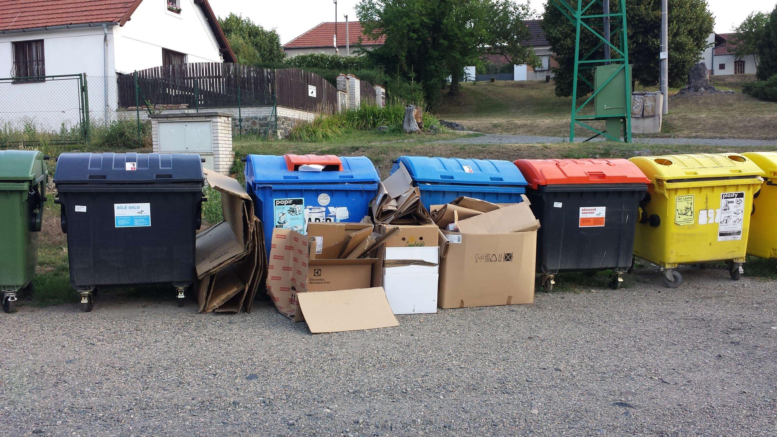 kontejnery ke tvzi 7 2015